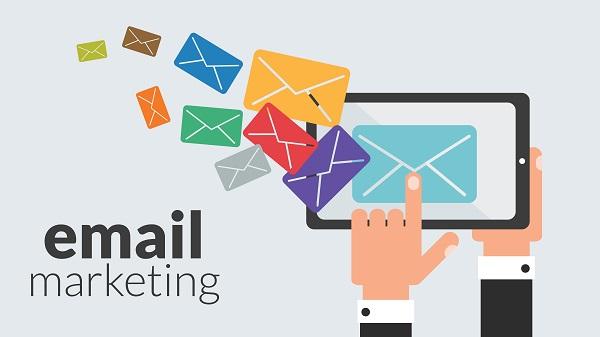 tìm kiếm email khách hàng tiềm năng